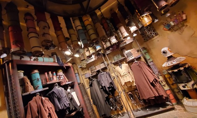 SWGE GUIDE: Inside 'Black Spire Outfitters' at Star Wars: Galaxy's Edge in Disneyland