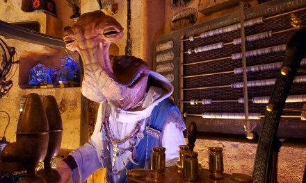 SWGE GUIDE: Inside 'Dok-Ondar's Den of Antiquities' at Star Wars: Galaxy's Edge in Disneyland