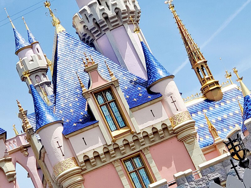 "Bob Chapek confident Disneyland Resort could open by ""late April"""