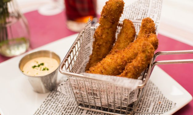 RECIPE: Fried Pickles from Carnation Cafe at Disneyland