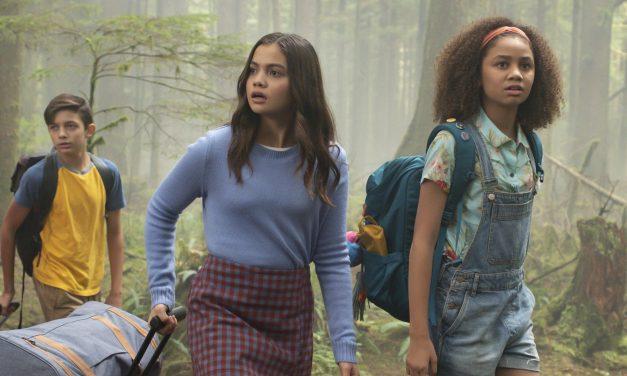 REVIEW: Disney Channel Original Movie UPSIDE DOWN MAGIC is a bit of 'Harry Potter' meets 'Breakfast Club'