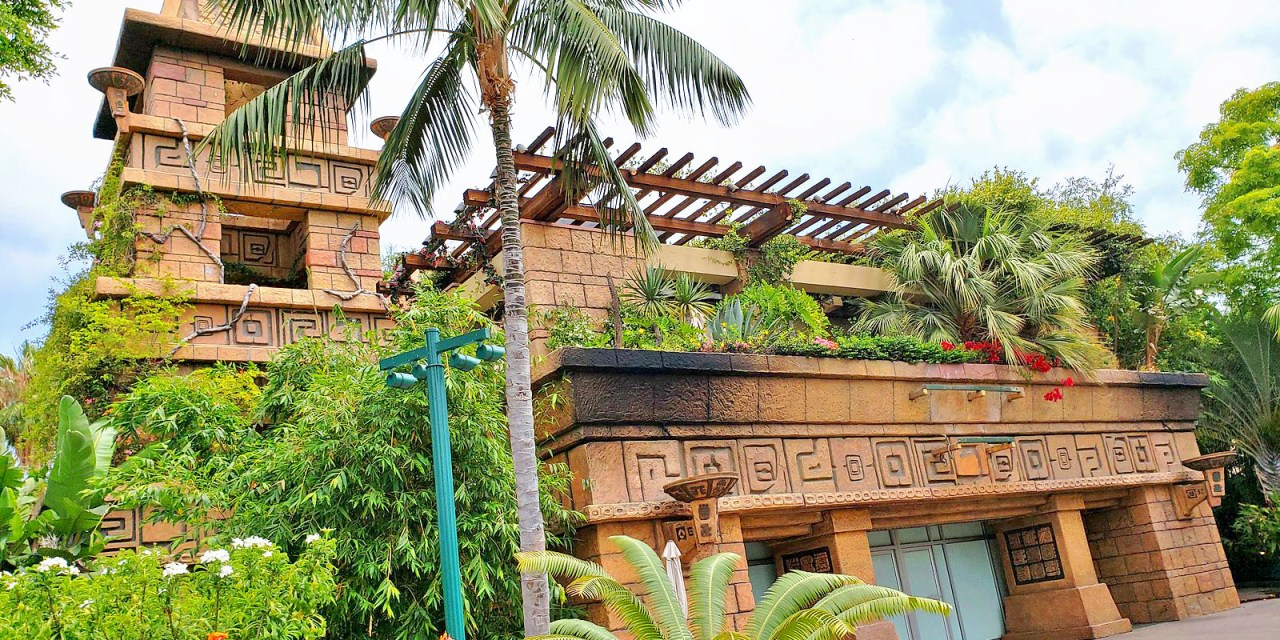STAR WARS TRADING POST moving into former Rainforest Cafe, WonderGround Gallery to return