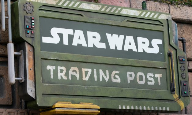 AP PERK: Legacy Passholders get early access to shop new Downtown Disney STAR WARS TRADING POST