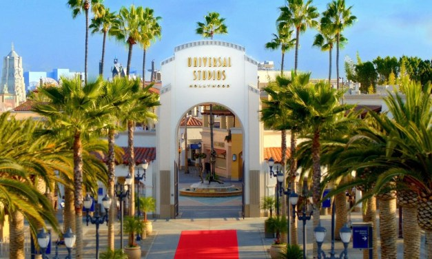 UNIVERSAL STUDIOS HOLLYWOOD looking to fill more than 2,000 part-time, full-time, seasonal positions