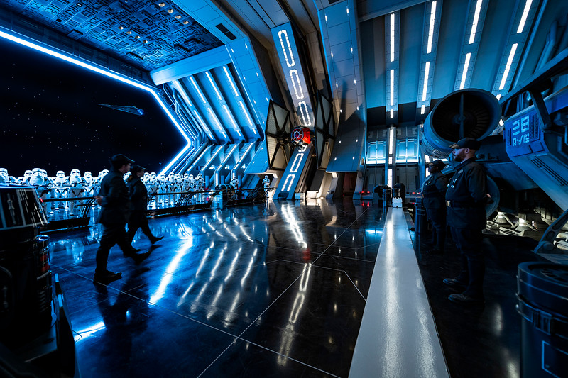 Disneyland RISE OF THE RESISTANCE attraction tweaking virtual queue process with two distribution times