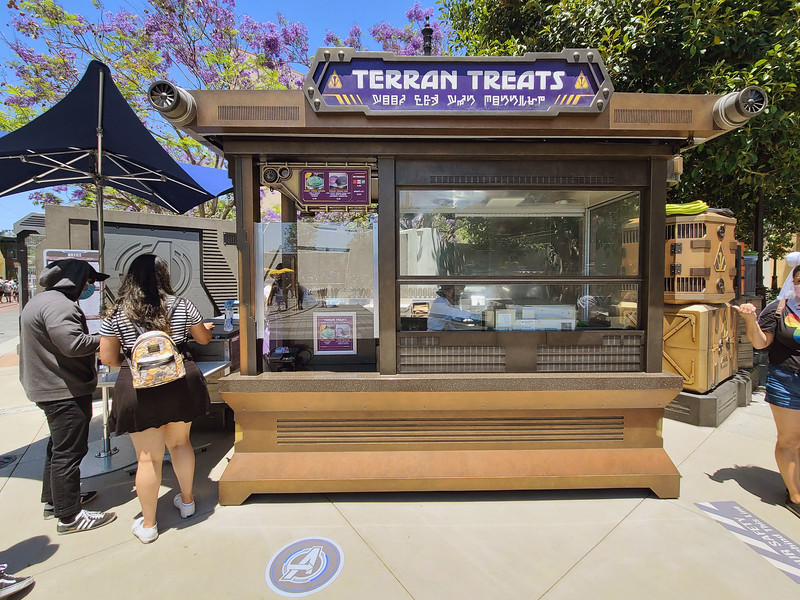 GUIDE / REVIEW: Get a taste of new TERRAN TREATS snack kiosk at #AvengersCampus